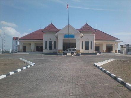 Vliegveld Notohadinegoro