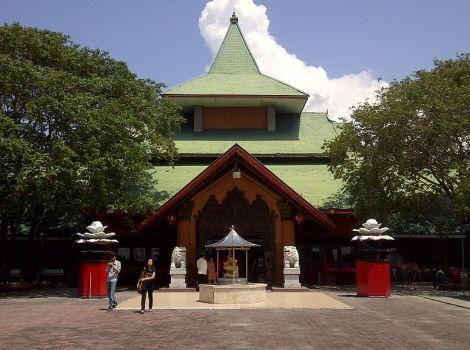 Kelenteng Sanggar Agung of Hong San Tang (tempel)  in Surabaya