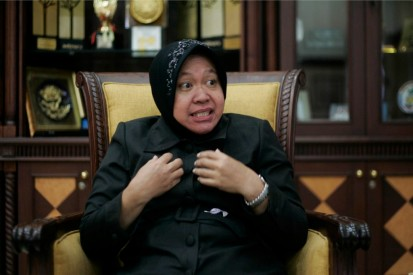 De burgemeester van Surabaya, mevr.  Tri Rismaharini