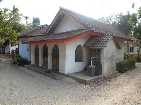 De kleine moskee achter mijn huis