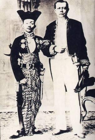 sultan pakubuwono X - surakarta